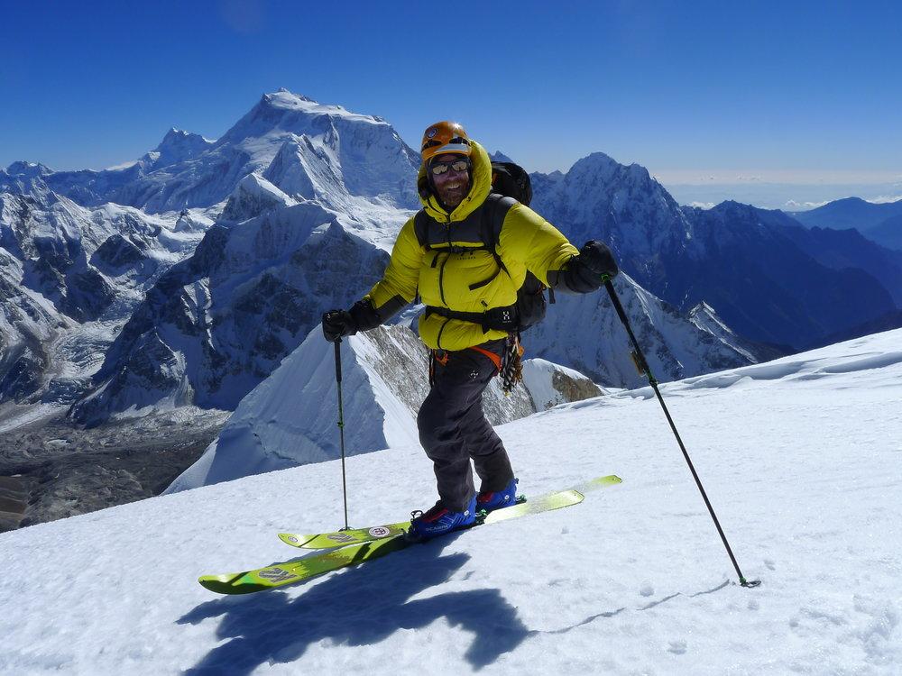 Jørgen Aamot on the summit of Pawar Himal, main summit 6621 masl. Foto Robert Caspersen - MAM.jpg