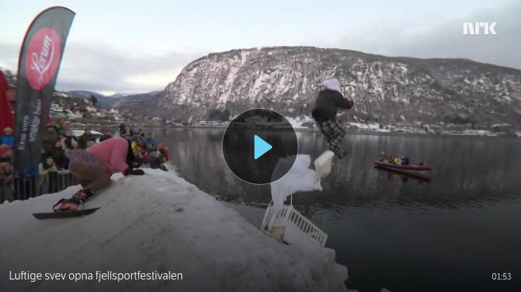 Opna festivalen med å kasta seg i fjorden - NRK (21.02.2018)