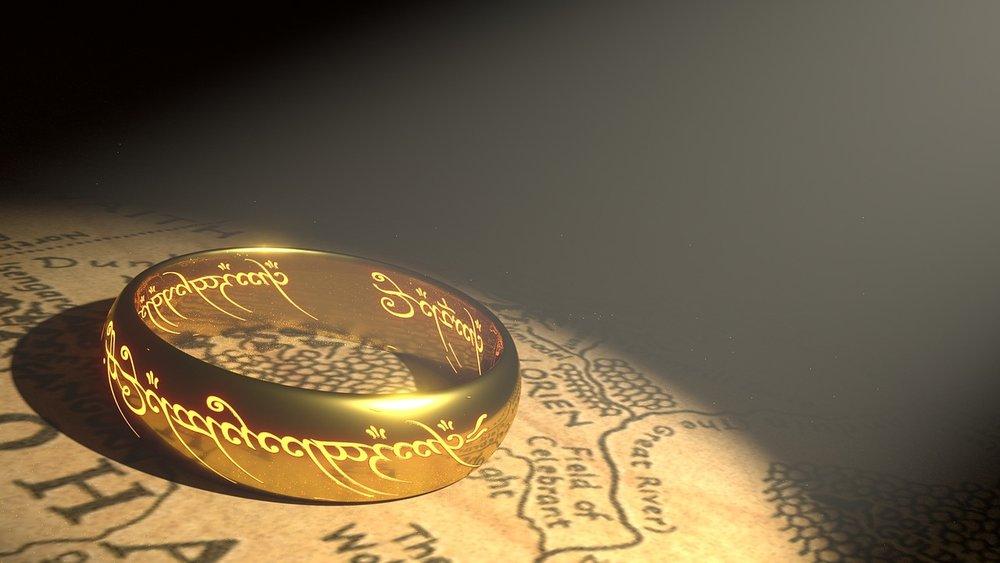 ring-1692713_1280.jpg