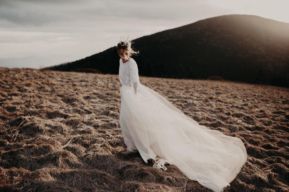 Couples Adventure Photographer, Ethereal Boho Bridal Mountain Inspiration Shoot