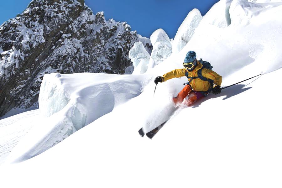 AlpsSki-SkiingInTheValleeBlanche1-ChamonixTourismBoard.jpg