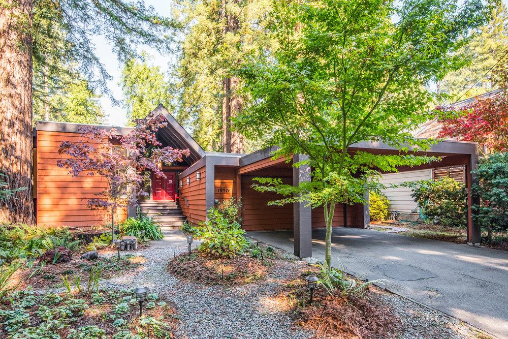 Redwood Drive002.jpg