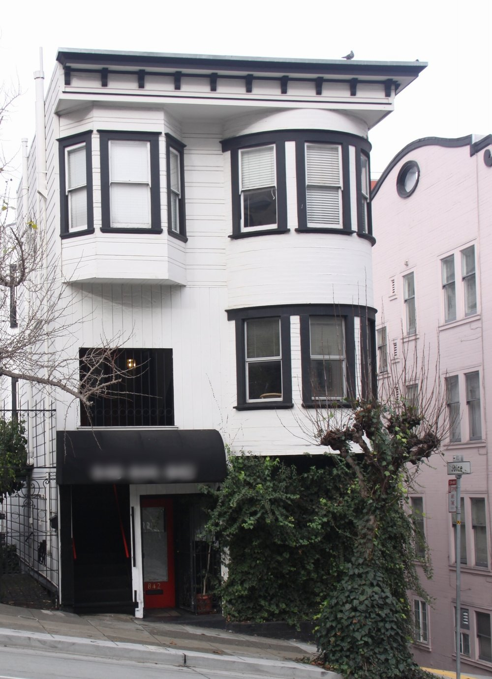 Nob Hill Couples & Sex Therapy Office Locations - All of our San Francisco Couples Counseling and Sex Therapy offices are decorated to create a warm, professional and inviting atmosphere.