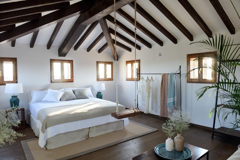Luxury Attic Room 1.jpg