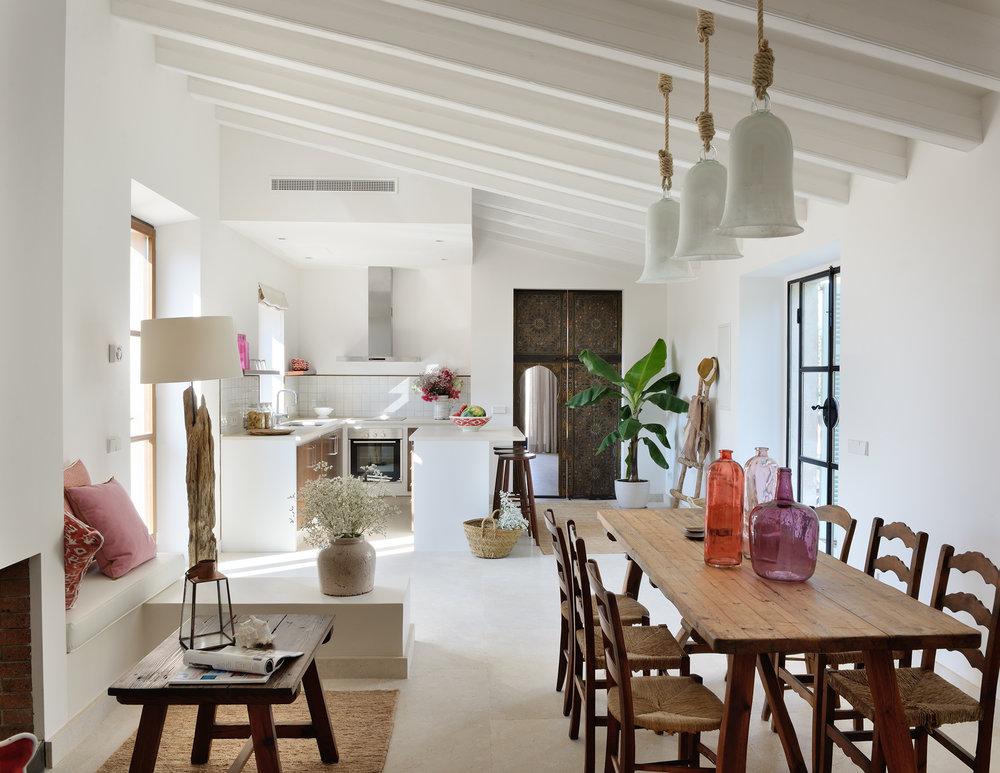 Casita Terra living room and kitchen #12.jpg