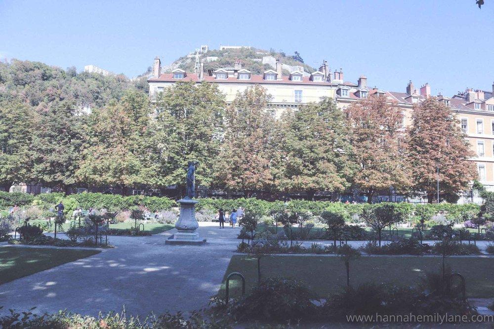 Grenoble in September, autumn   www.hannahemilylane.com-9.jpg
