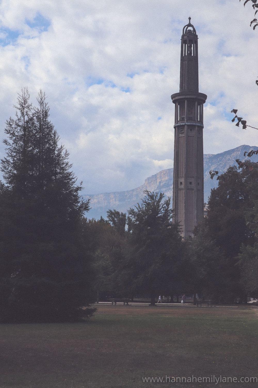 Grenoble in September, autumn   www.hannahemilylane.com-23.jpg