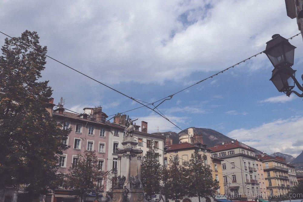 Grenoble in September, autumn   www.hannahemilylane.com-25.jpg