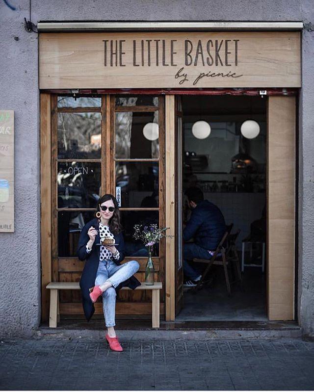 The perfect spot 🌸 #spring #cafe #brunch 📸 @emerjadesign
