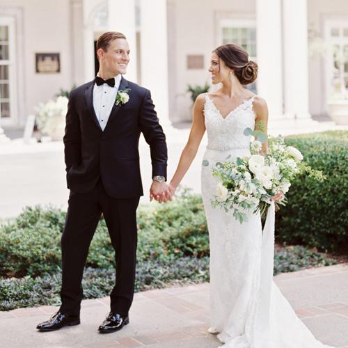 anna-curtis-classic-wedding-athomas.jpg
