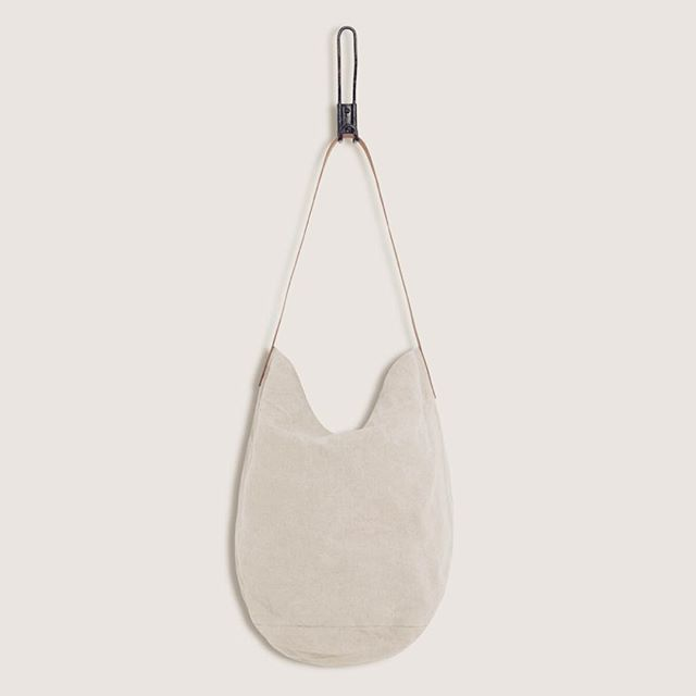 HUXLEY TOTE made from reclaimed french linen. It features a vegetable tanned leather shoulder strap. @lostpropertyldn  Linen is one of the most sustainable natural fibers in the world and makes you feel luxurious. It's made from Flax plant and 100% biodegradable. . . . . . . . . . . . . . . . . #sustainableFashion #SayNoToFastFashion #WhoMadeMyClothes #upcycledfashion #FashionTech #IChooseSlowFashion #Transparency #Minimalism #EthicalFashionBlogger #EthicalFashionBlog #EthicalFashionBrand #LessWaste #remade #ecoChic #ZeroWaste #PurchaseWithPurpose #MakeYouSmileStyle #EcoFashionBlog #slowfashionblogger #ipreview @preview.app
