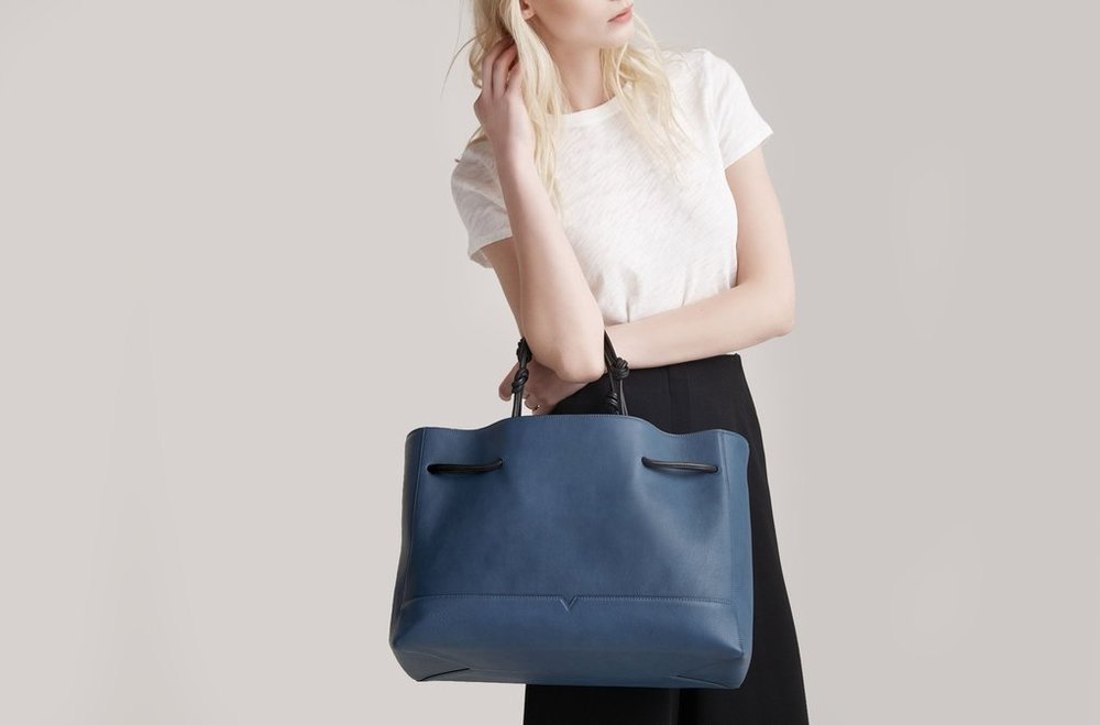Tote_Denim_Model_3_2Recrop_1024x1024.jpg