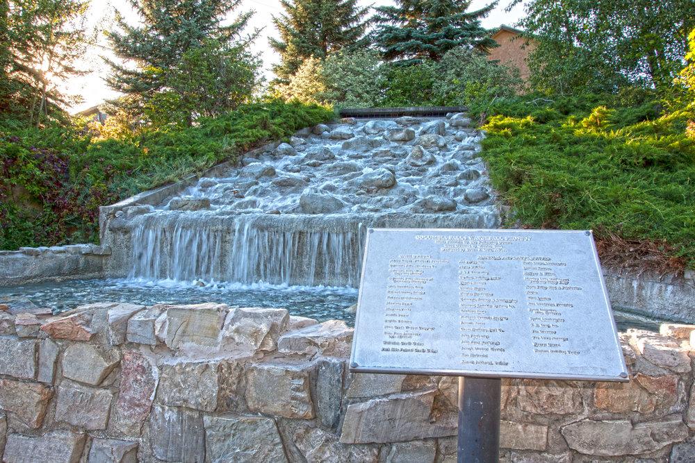 Columbia Water Fall.jpg