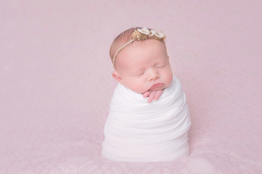L Barnett Photography_newborn photography_Las Vegas_j.jpg