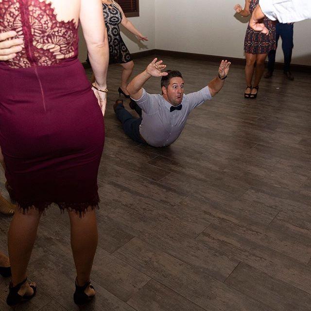 When it's dance time... it's time #lasvegasweddingphotographer #lasvegaswedding #wedding #reception