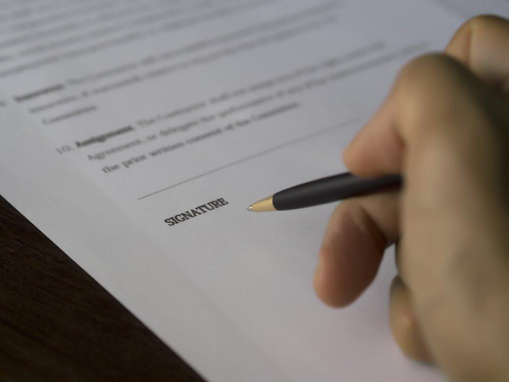 agreement-balance-blur-261664.jpg
