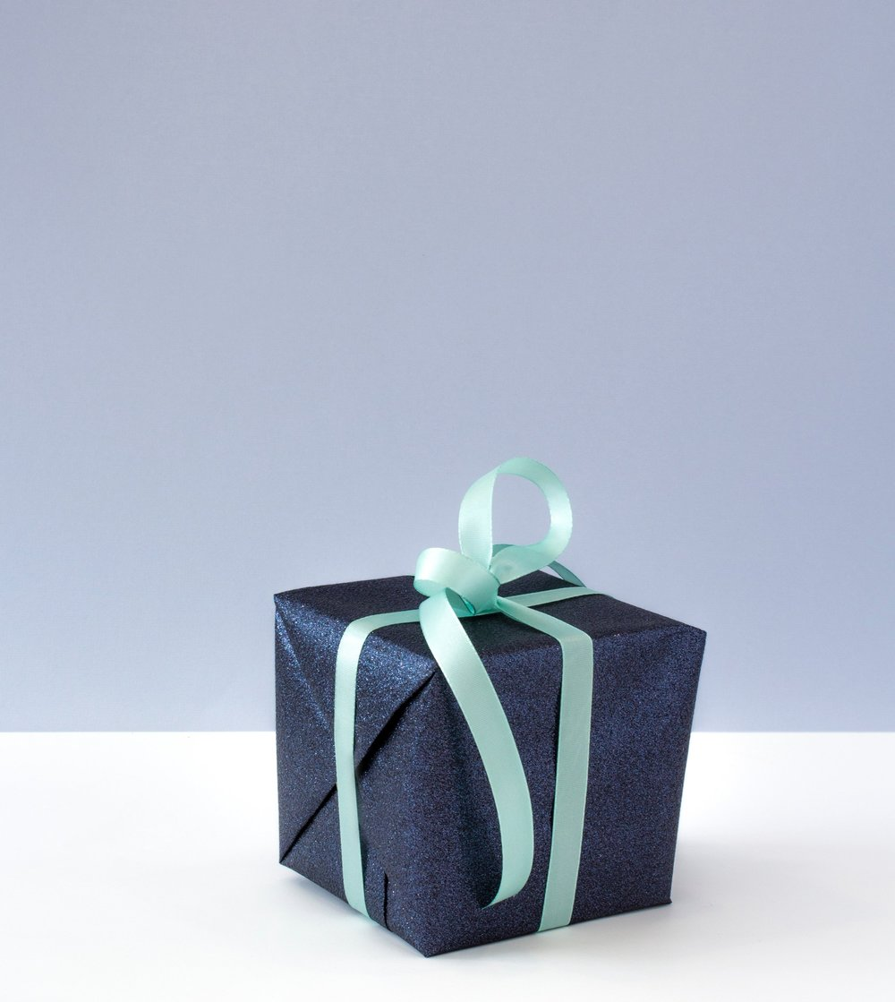 blue-box-container-675970.jpg