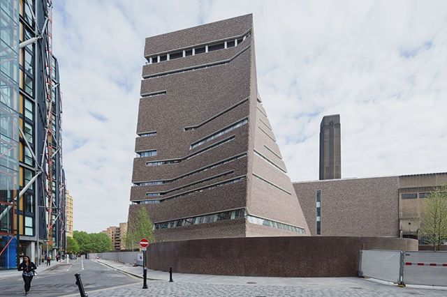 Tate Modern Switch House by Herzog & de Meuron in London, UK #facadefriday