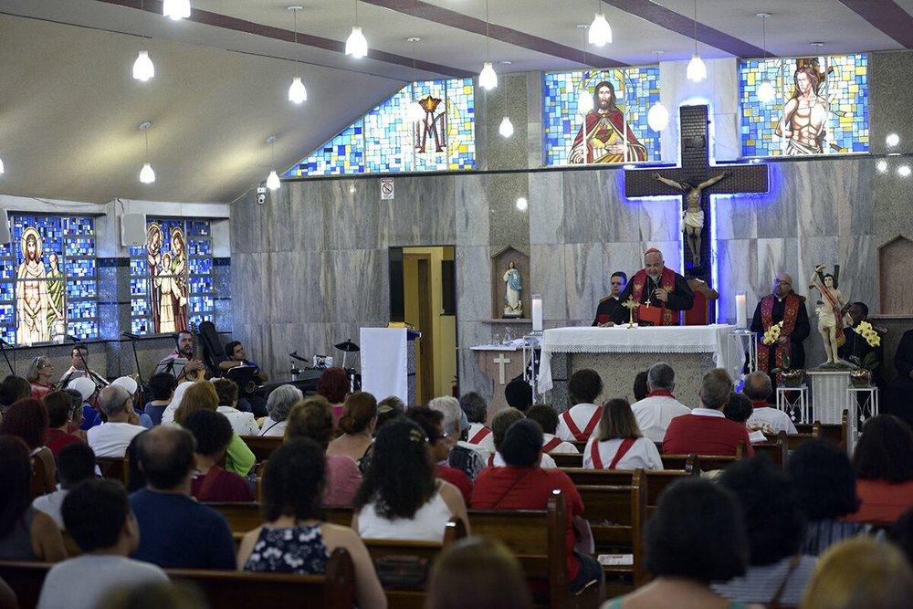 Celebração com o Cardeal Orani João Tempesta em Quintino