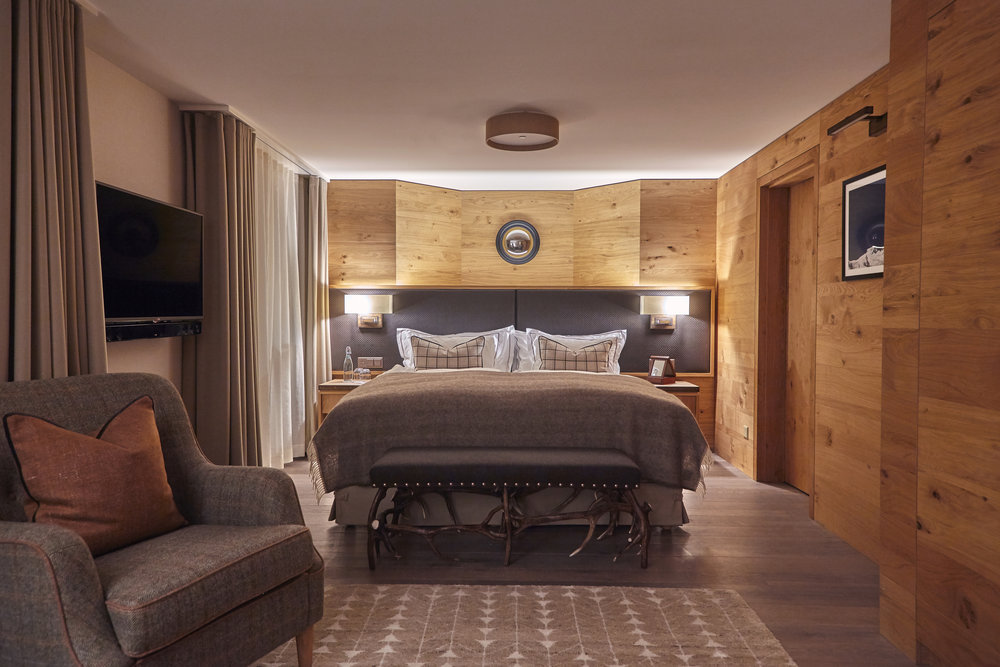 PEAK HEALTH RETREAT  WEEK - SHARED ROOM   Shared suite with Queen sized bed or double beds.