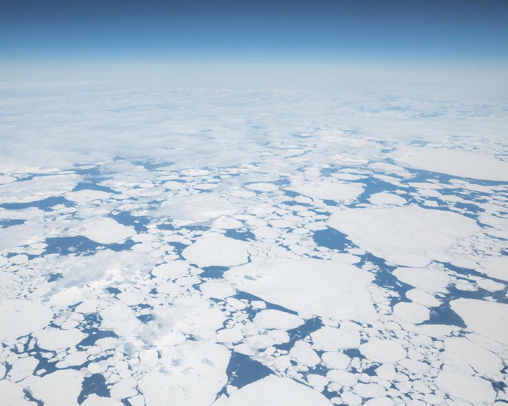 arcticbay_arrival_flight__3.jpg