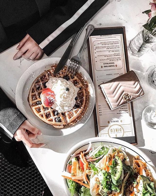 Happy weekend 😍 We hope your plans include stopping in to see us for brunch at the @littleduckdiner 🐥 photo credit: @em_.lypan . . . #eleandthechef #littleduckdiner #tgif #weekends #weekendeats #weekendmood #naturallight #foodiegram #getinmybelly #breakfasttime #foreverbrunching #breakfast #brunch #waffles #tacos #savannahgeorgia #savannahga #savannah #visitsavannah #downtonsavannah #historicsavannah #ellissquare