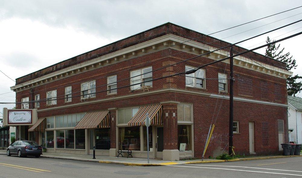 Carlton_Oregon_Main_Street_building.JPG