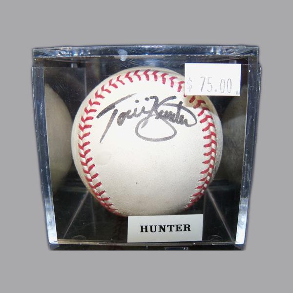 Torii-Hunter-Autographed-Baseball.JPG