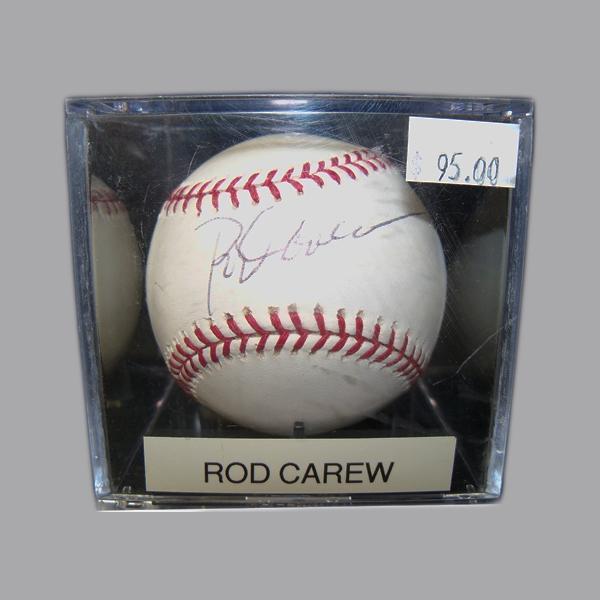 Rod-Carew-Autographed-Baseball-.JPG