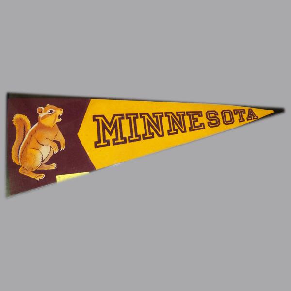 Minnesota-Gophers-Pennant-Flag.JPG