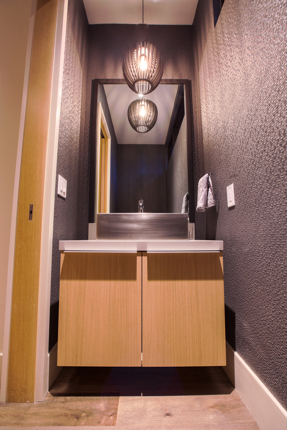 Lot274_MartisCamp_VineyardCustomHomes_Bathroom_1.jpg
