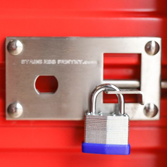 With 24/7 unique pin access to entry and exit gates, lifts and storage space, you can access your stored goods whenever you like. 📦📍🔒 ⠀