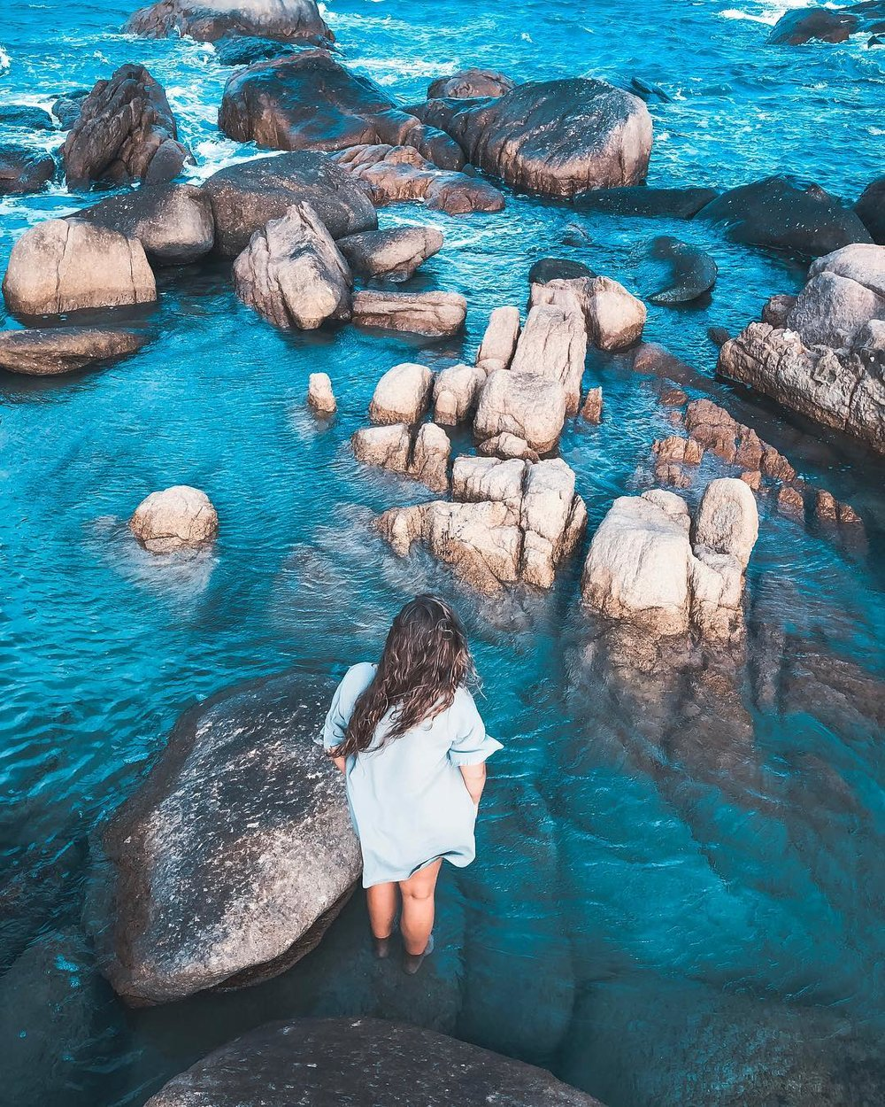 @annesofiebroeste  Rock pools and boulders at Horseshoe Bay, Bowen.