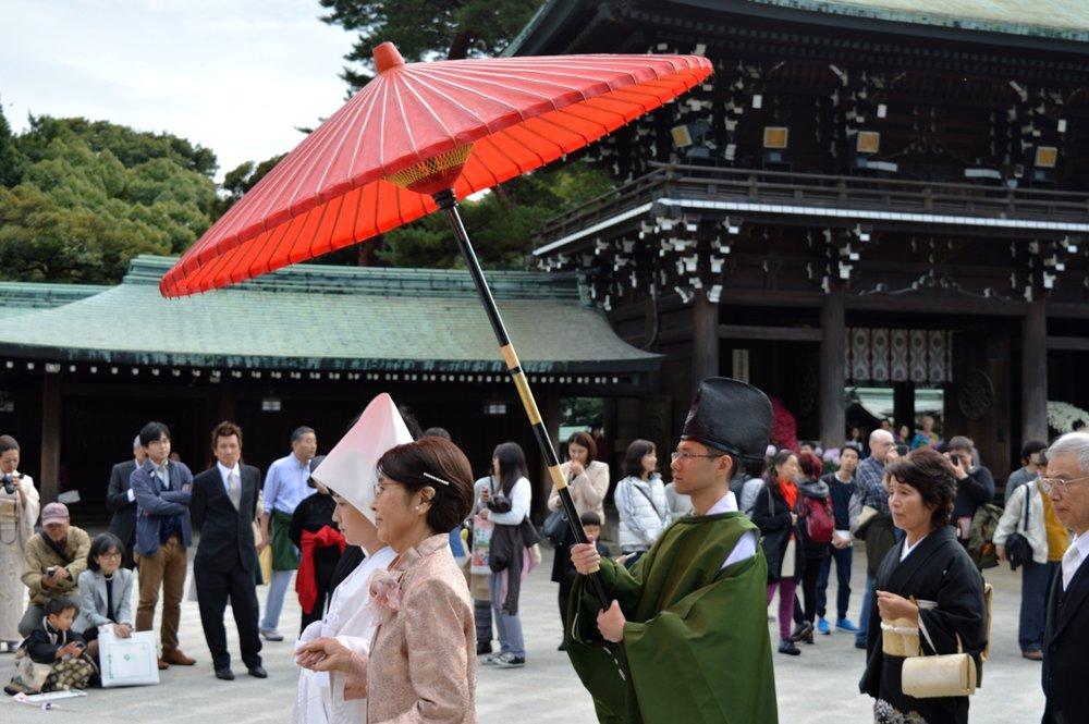 Japanese wedding - the umbrella