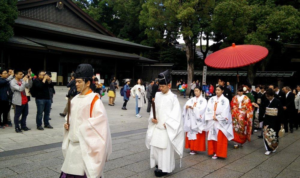 Japanese wedding - the parade