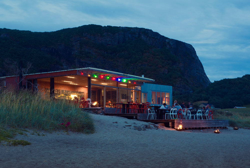 The beach bar offers fantastic views out on the North Sea