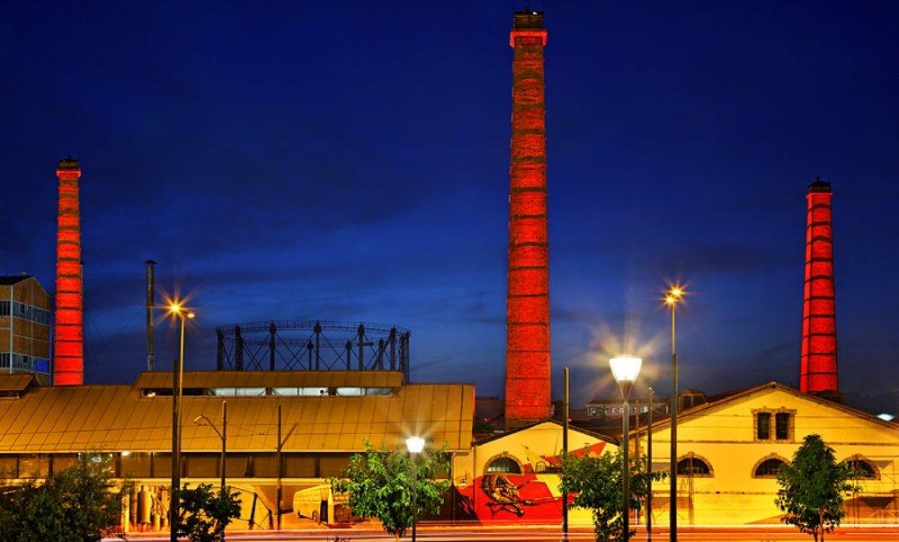 Η Τεχνόπολη τη νύχτα. Πηγή:  AthensGlance