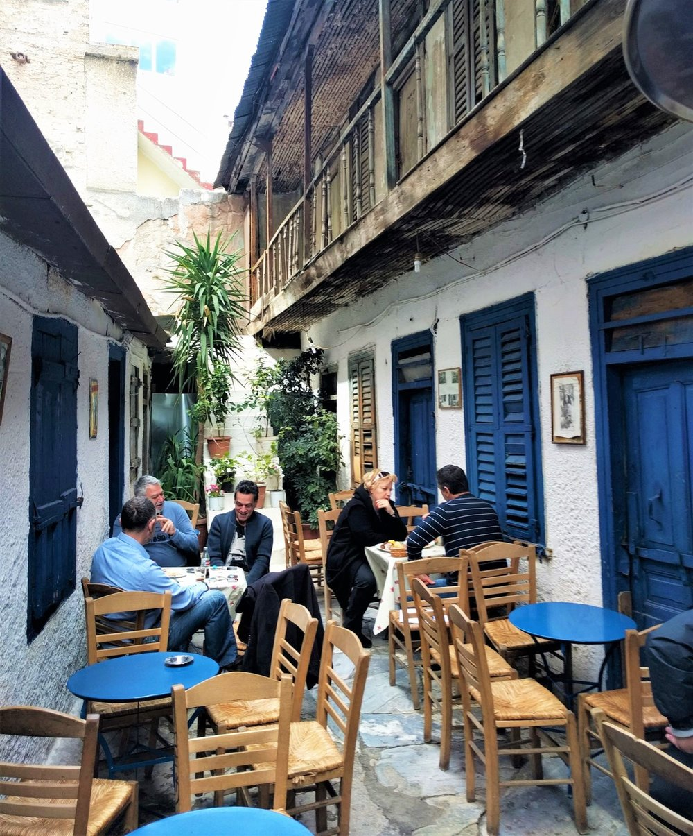 The island feeling in downtown Athens, in locals' favorite  Avli  restaurant. Source: Truevoyagers