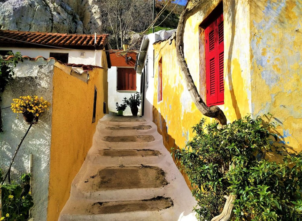Anafiotika is undoubtedly the most beautiful and picturesque part of Plaka.