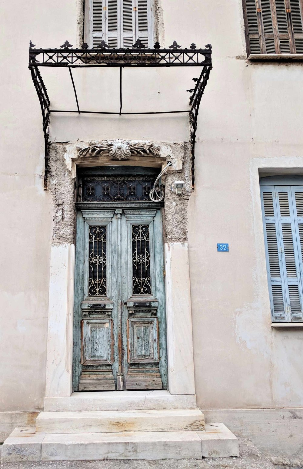 Plaka is full of old buildings characterized by unique charm.