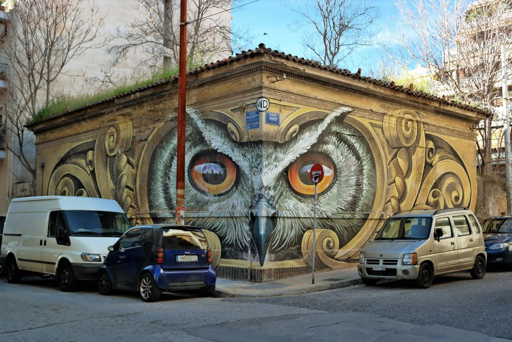 Amazing owl mural by WD.