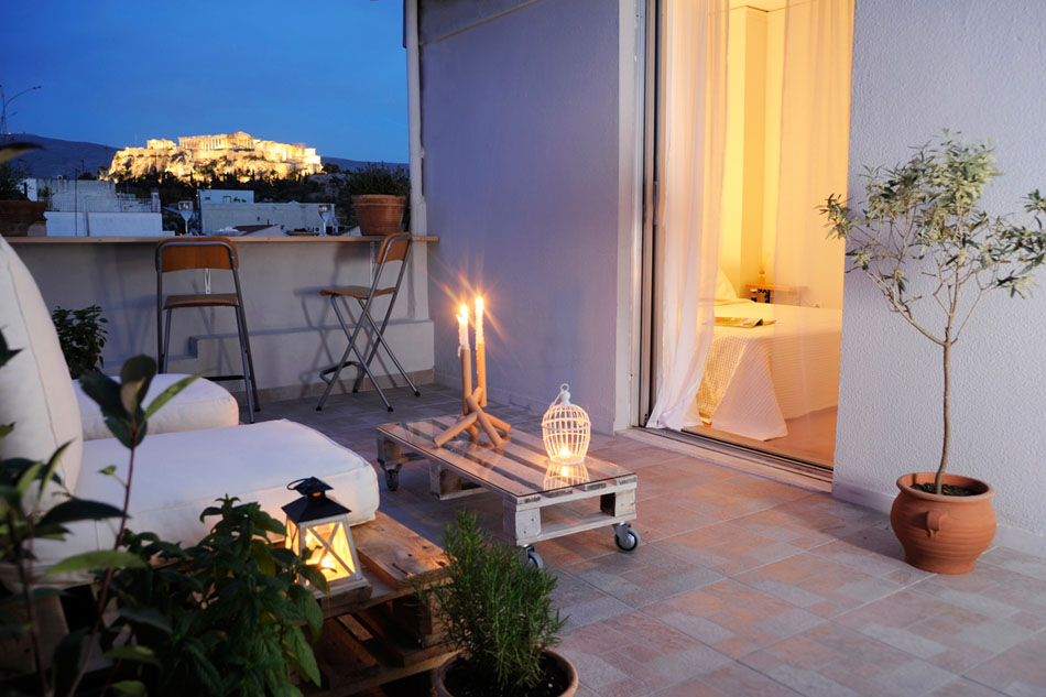 Live in Athens Short Stay Apartments: Fully equipped apartments decorated with style and with views to die for!