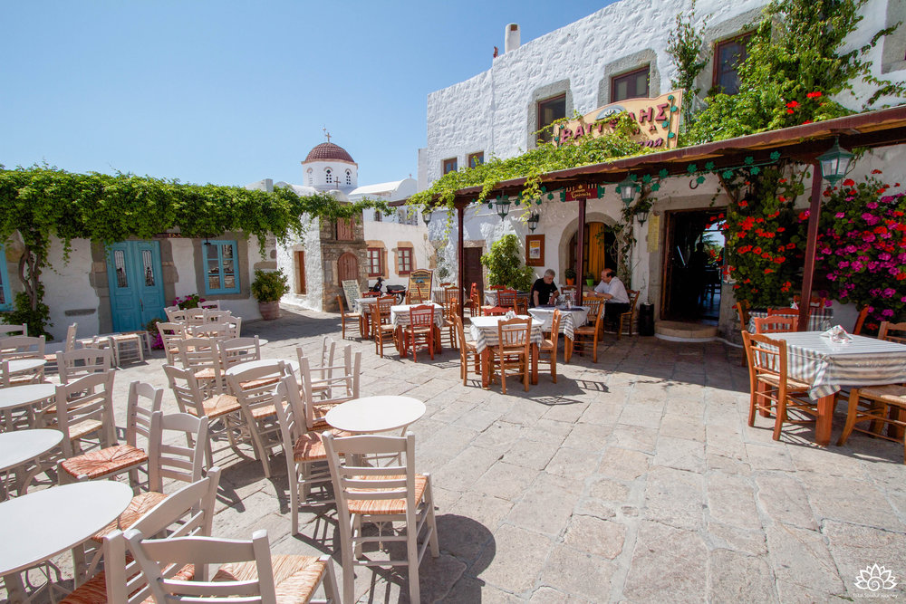 There a several cafes in Chora. This one is near the Monastery. Photo by Paul Garrett
