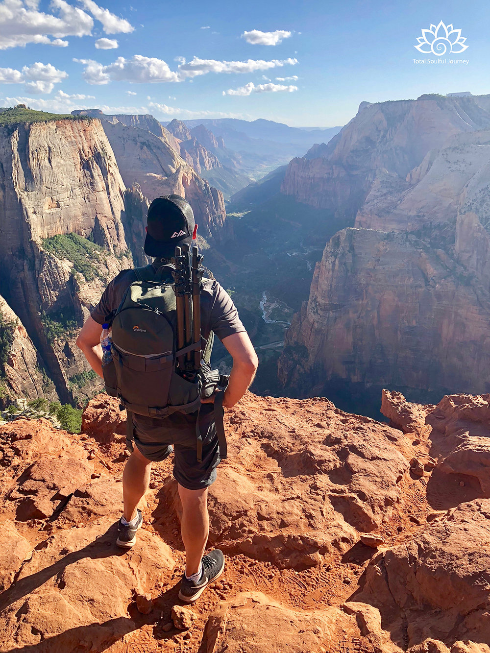 My Blogging Partner, Paul Garrett, loves to hike and explore, but standing on the edge of a cliff is totally outside of his comfort Zone.