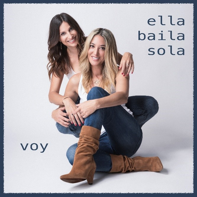 voy_ella_baila_sola.jpg