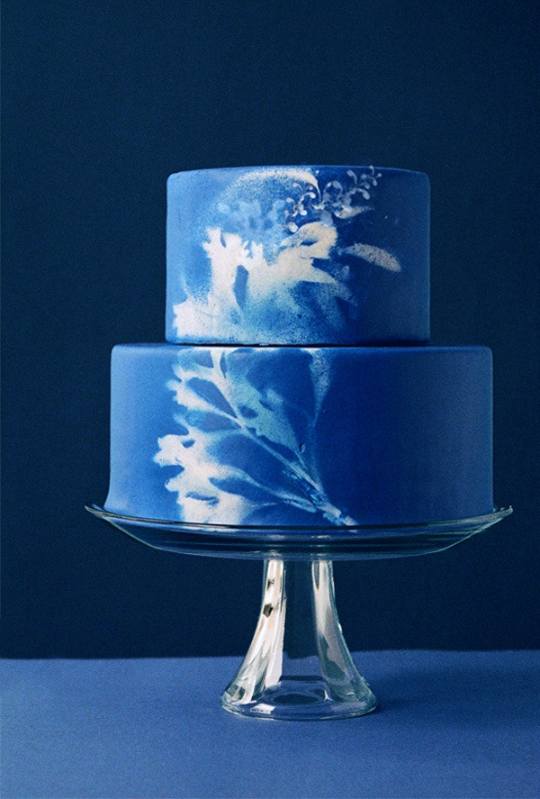 5. All the blue! All the tie-dye! Indigo dyed textile inspired cake? Super unique and super beeaautiful!