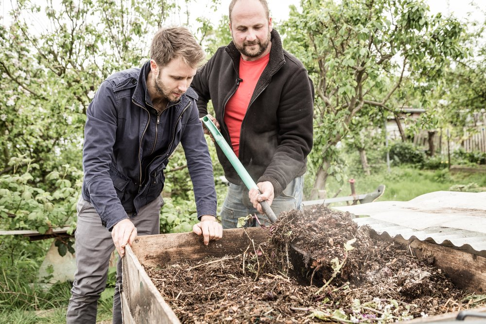 Chef Dean Parker & The Food Waste Farmer Igor Vaintraub, West Sussex. 2017.