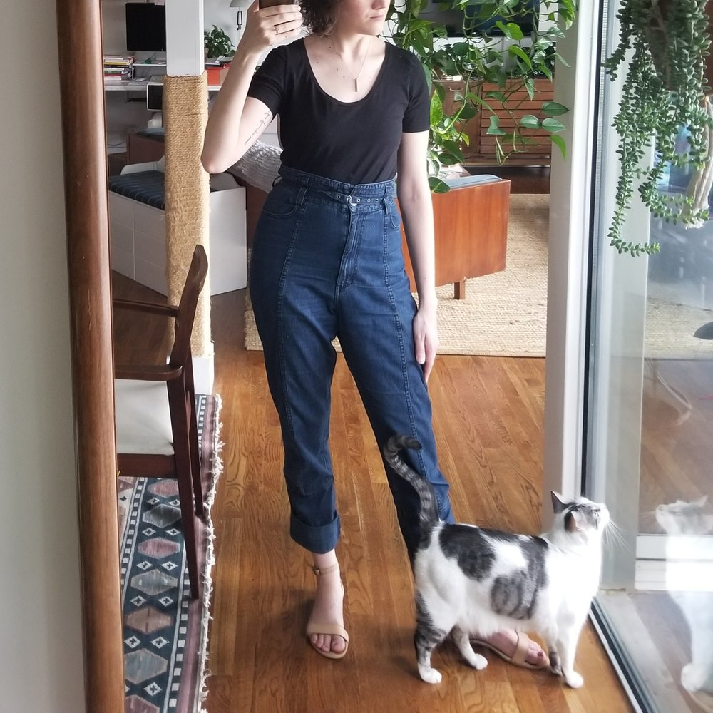 Tuesday - May 15, 2018Felt really sharp in this one. Rachel Comey lightweight jeans and a fitted black tee. Loving especially the sandals and how they don't attract attention to themselves. I think a neutral shoe that blends with your skintone looks great to balance out the dark blocks above.