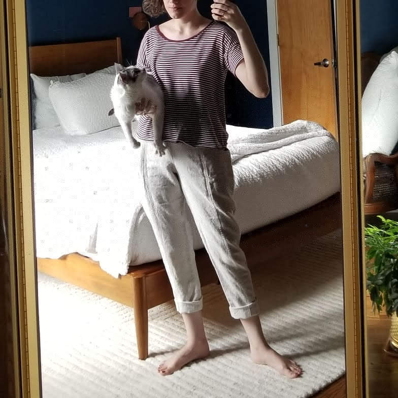 Thursday - June 14, 2018Work from home day: no shoes of course, but also comfy and casual. Perfect day for some ES linen clydes.