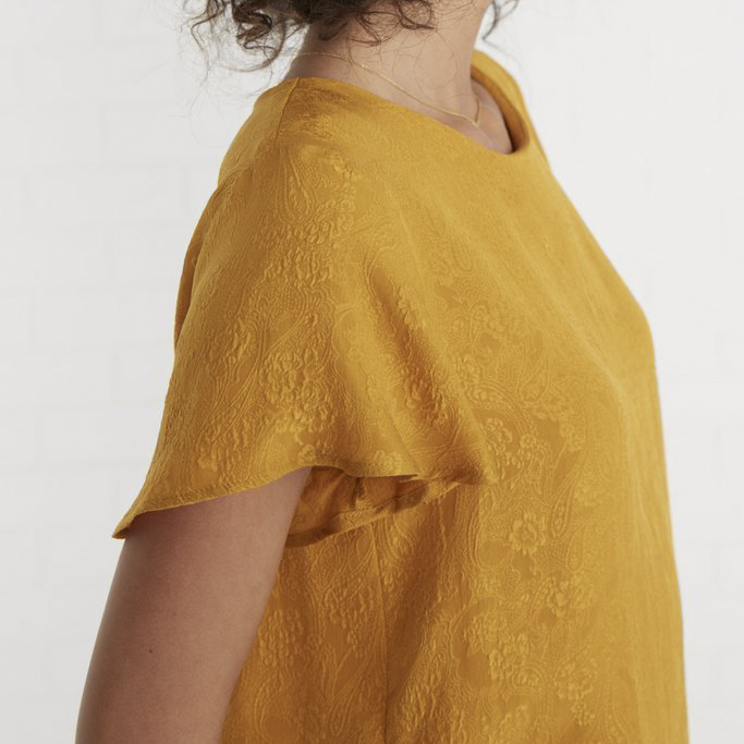 Amour Vert Beryl blouse  in sunflower.